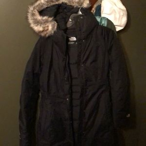 """**one hour price special""""Like new north face parka"""